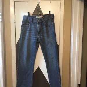 pre loved Levi's relaxed  Straight jeans